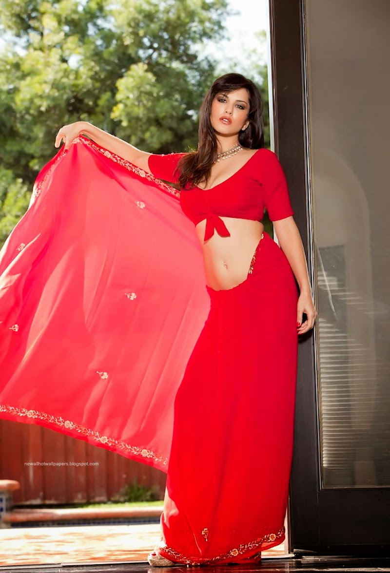 Download sunny leone hot wallpaper with saree here