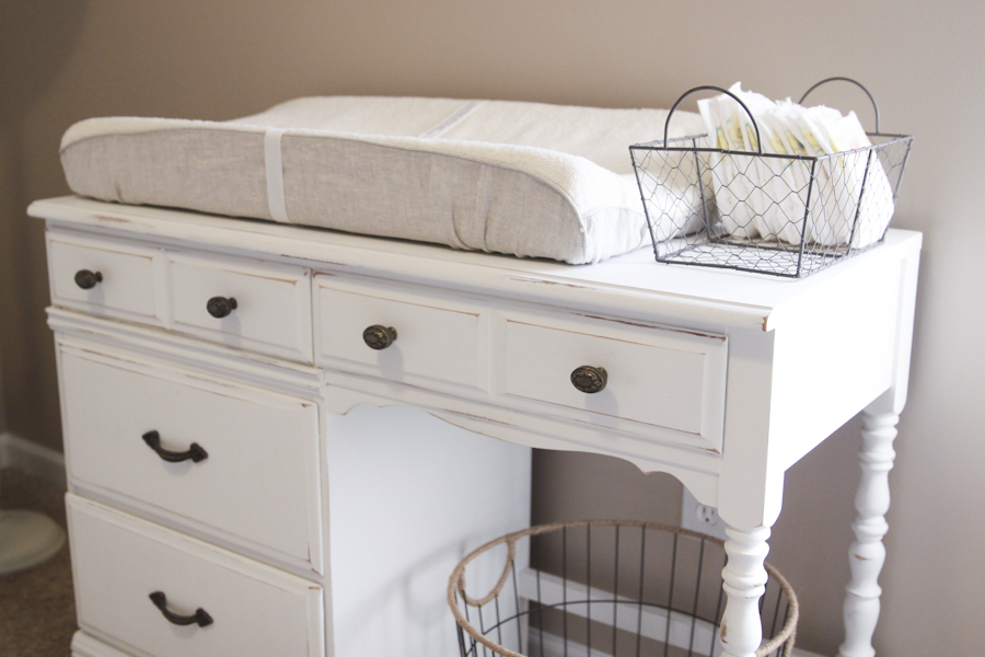 Love laundry changing table diy for Diy baby furniture