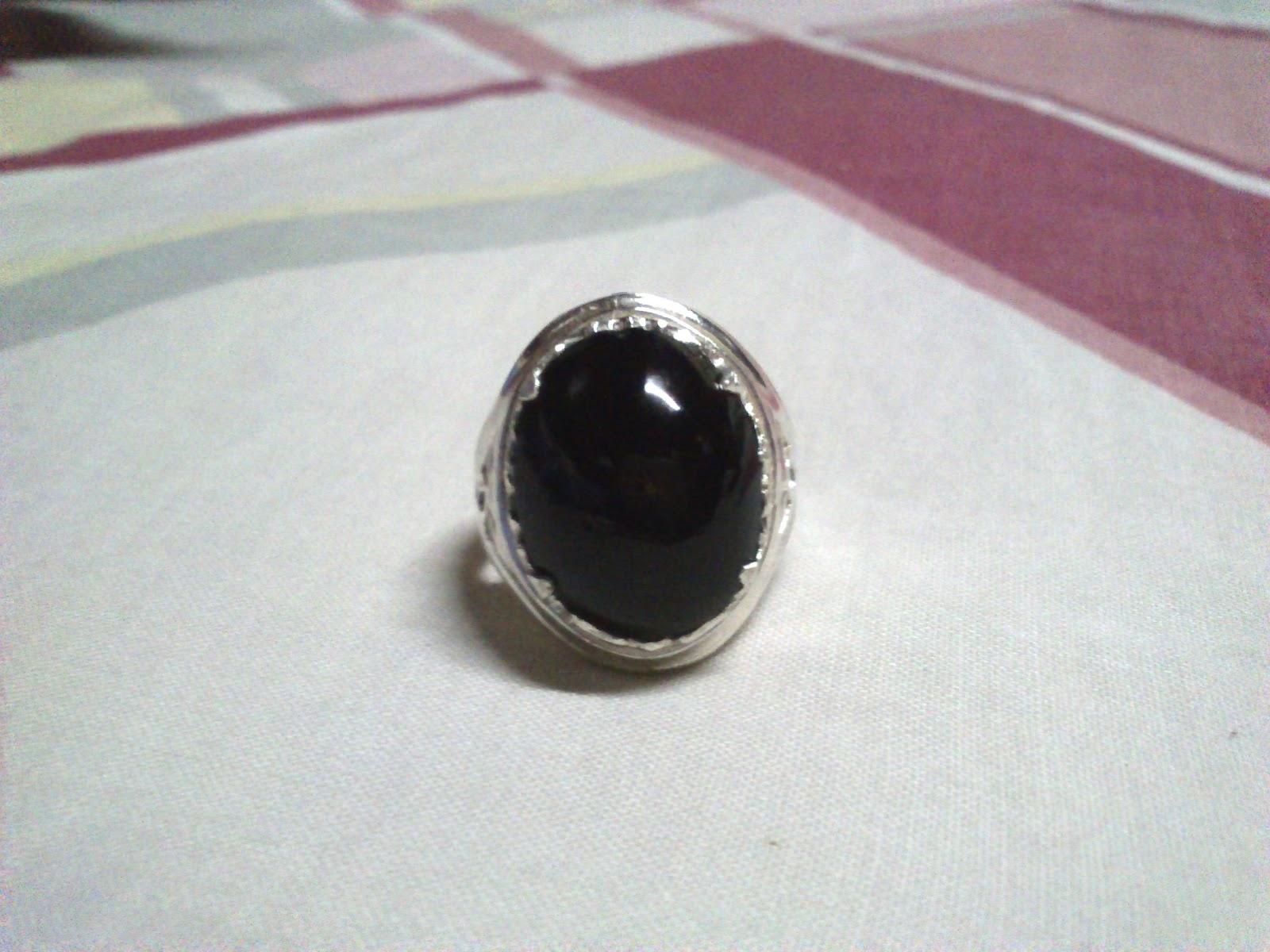 batu asli gred a warna hitam pekat isi batu merah penuh apabila ...