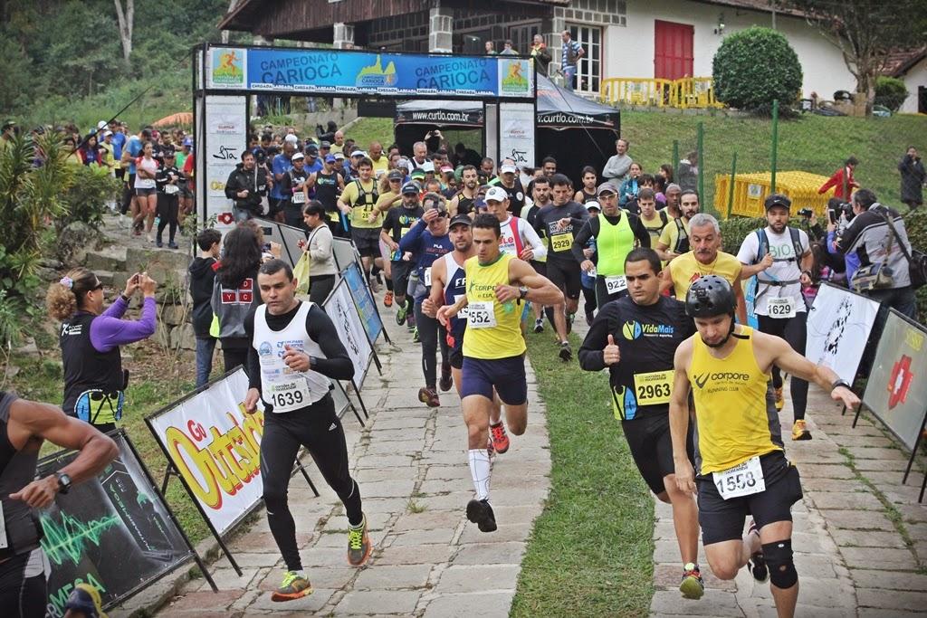 Largada da etapa do Carioca de Corridas de Montanha no Parque Municipal Montanhas de Teresópolis
