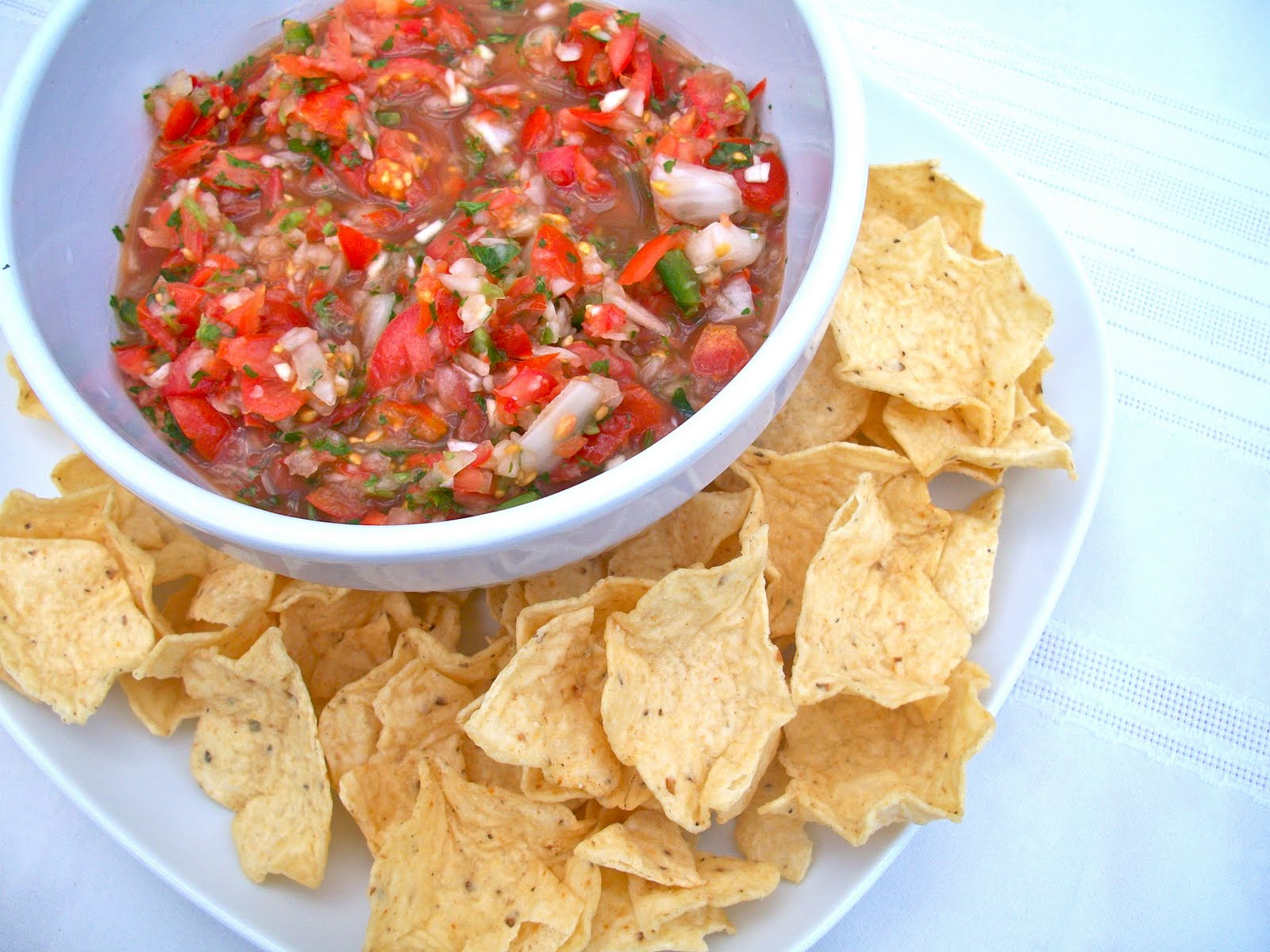 Brooke Bakes : Homemade Pico de Gallo (salsa)