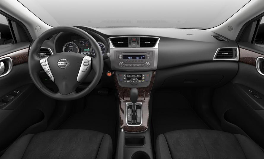 Mejoras de equipamiento en la gama del Nissan Sentra B17 ...