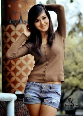 Foto Sexy Ayudya Indah, Finalis Miss Celebrity Indonesia 2010