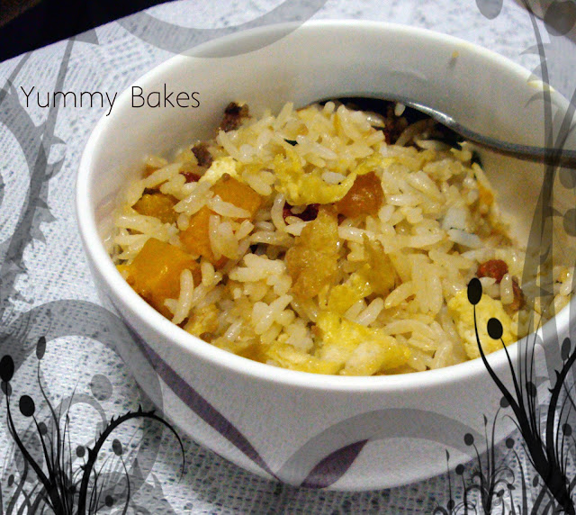 golden fried rice with pumpkin and wolfberries