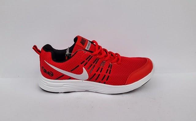 Nike running merah, nike senam warna merah, sepatu merah, sepatu nike merah