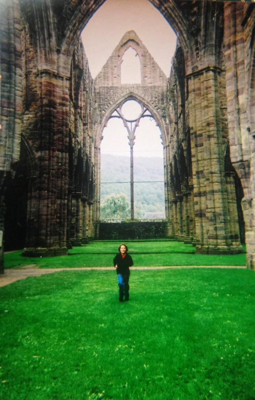 Running free at Tinturn Abbey
