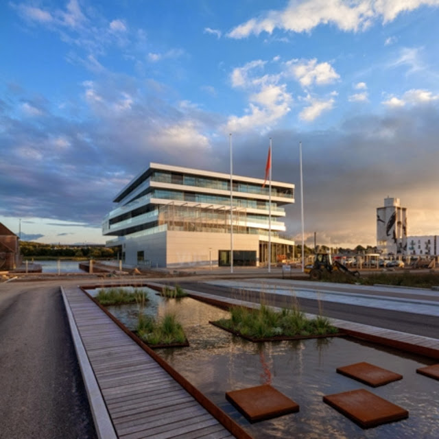 02-VUC-Syd-by-AART-Architects-ZENI-Architects