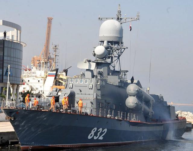 Tarantul class missile corvette R-32 (Project 12421 Molniya)