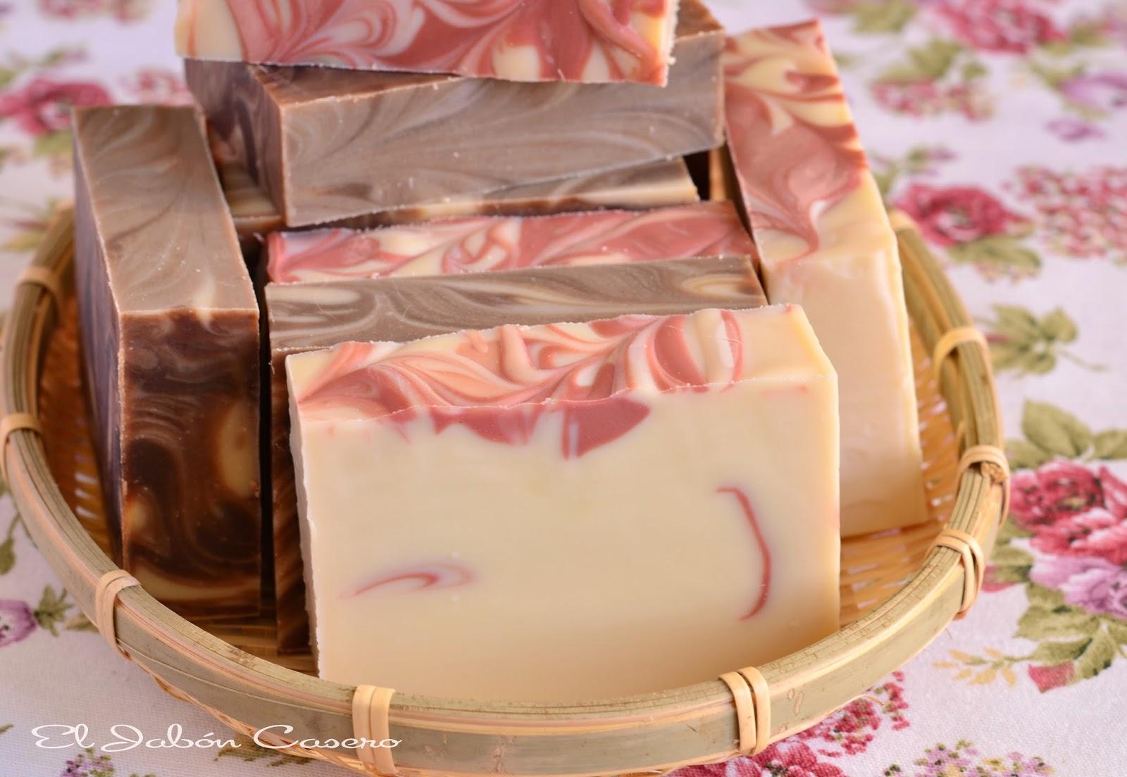 Detalles de boda jabones de chocolate y fresas