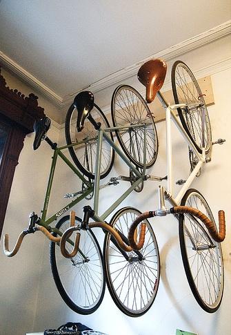 Casa Tr 200 S Chic Guardando Bicicletas