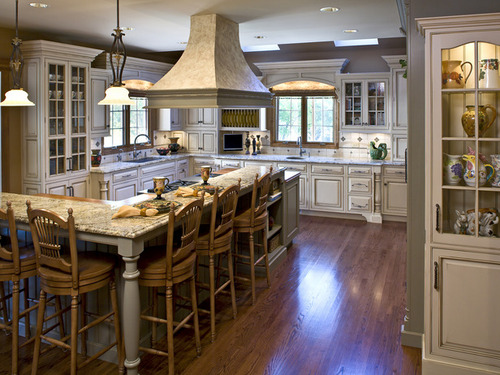 Modern furniture traditional kitchen decorating design for Traditional home kitchen ideas