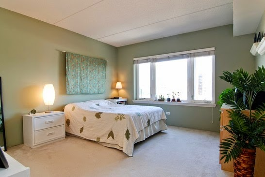 Evanston  Bedroom Apartments