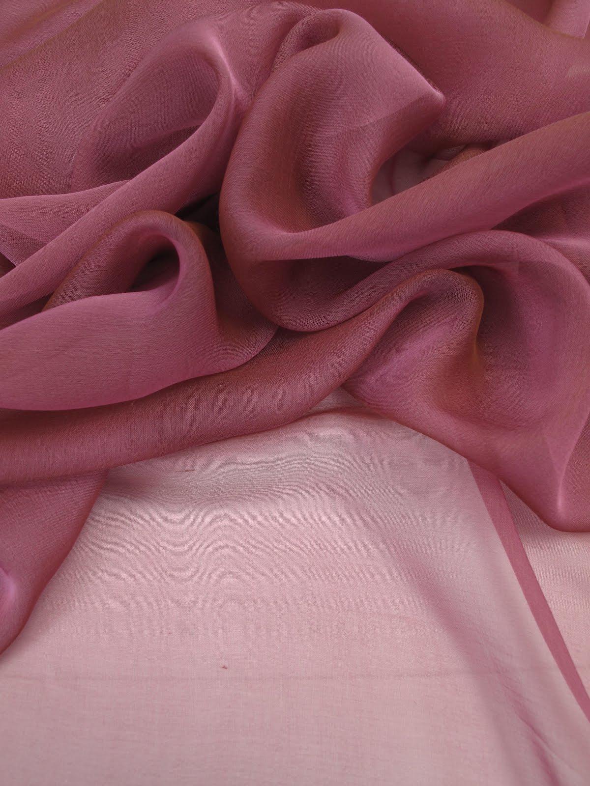 tissu mousseline de soie tissu mousseline soie sur enperdresonlapin. Black Bedroom Furniture Sets. Home Design Ideas