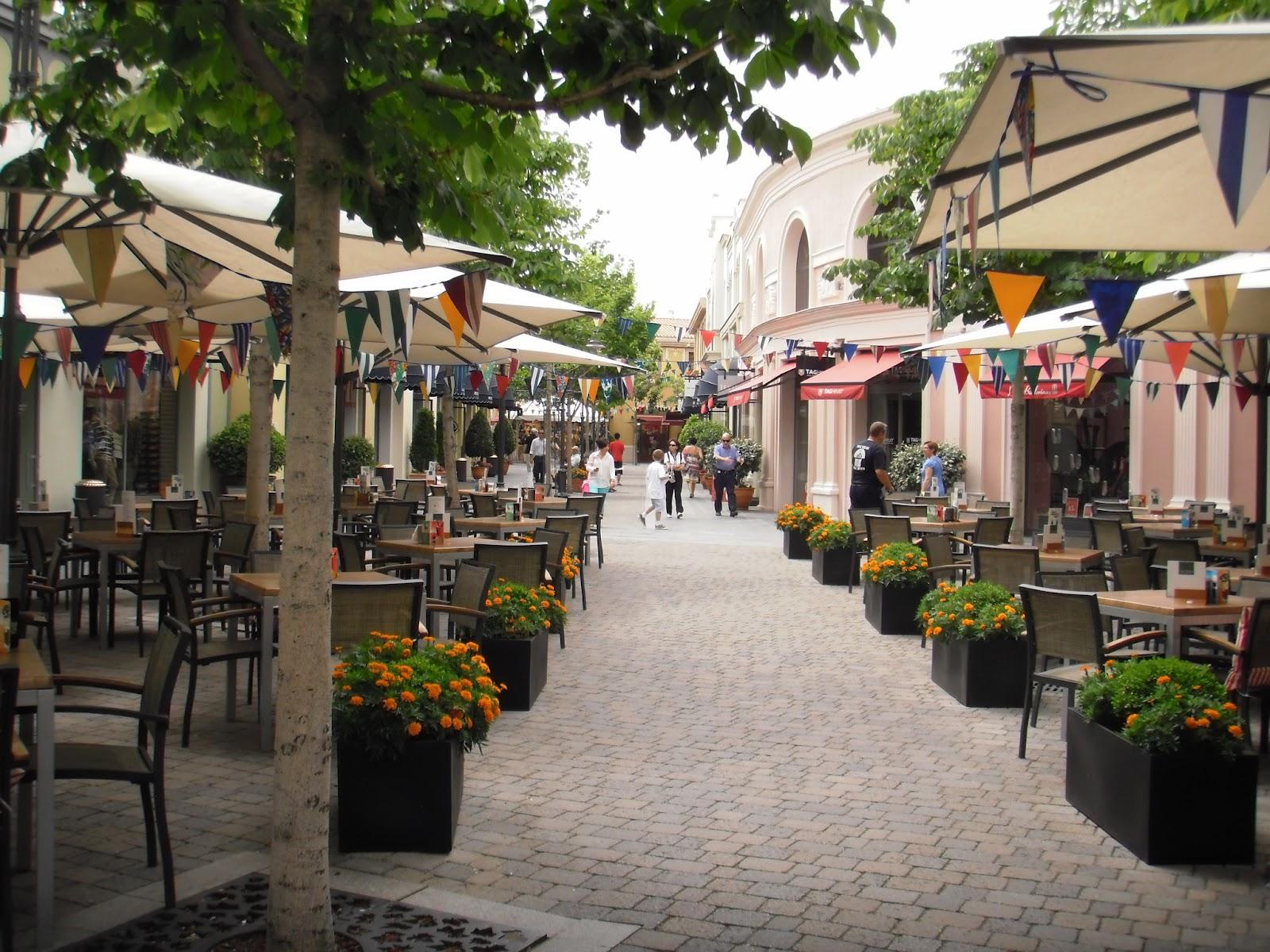 La guarida de bam paseo por las rozas village madrid for Outlet las rozas