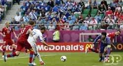 Piala-Eropa-2012-Yunani-vs-Ceko 1-2