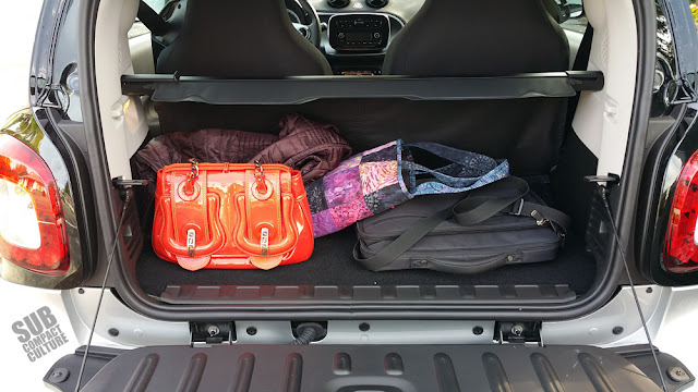 Smart Fortwo Passion cargo area