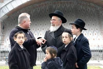 Mengenal Apa dan Siapa Yahudi Itu?