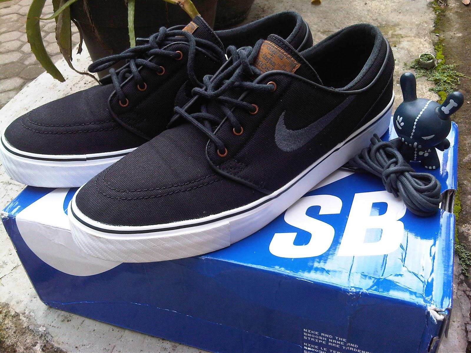 Nike Sb Janoski Black Blue