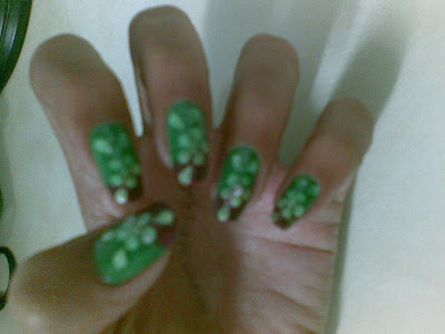 green nails design by pari sangha