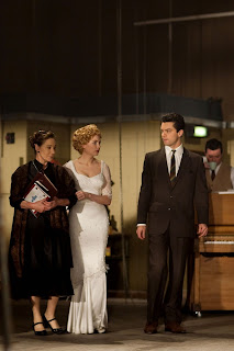 my-week-with-marilyn-Zoe-Wanamaker_Michelle-Williams_Dominic-Cooper