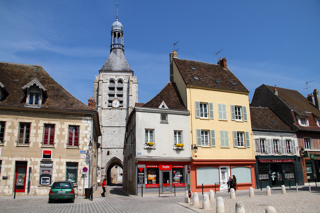 In Provins (France), by Guillermo Aldaya / PhotoConversa