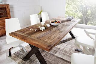 moderny jedalensky stôl z dreva