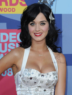 Katy Perry Posing in Event