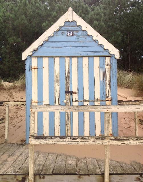 Beachcomber beach hut cuties for Beach hut plans