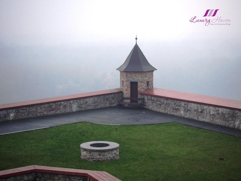 eastern europe sighseeing slovakia bratislava castle courtyard