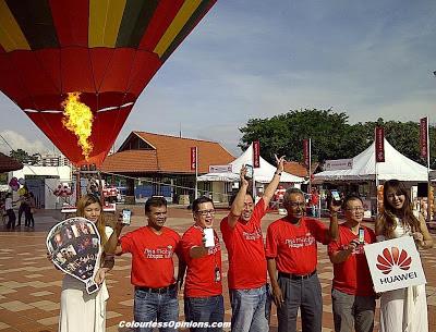 Huawei Ascend to New Heights Media Launch Titiwangsa Kuala Lumpur KL Malaysia 2012 group photo