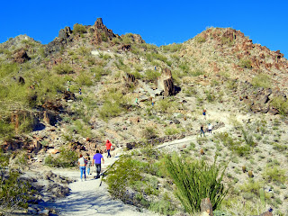 Hiking to the Piestewa Peak