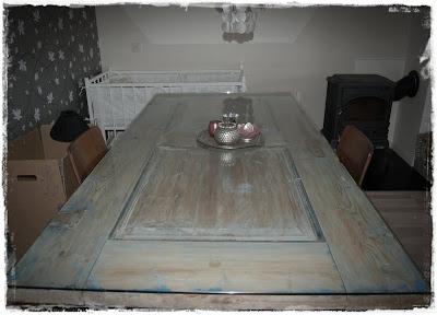 Spisebord med glassplate
