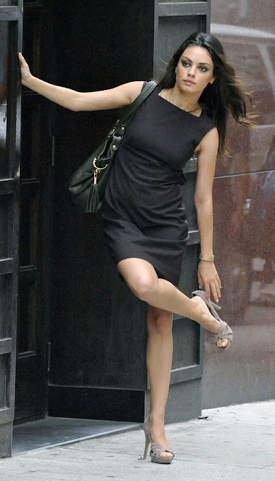 mila kunis on the set - candid hot photoshoot