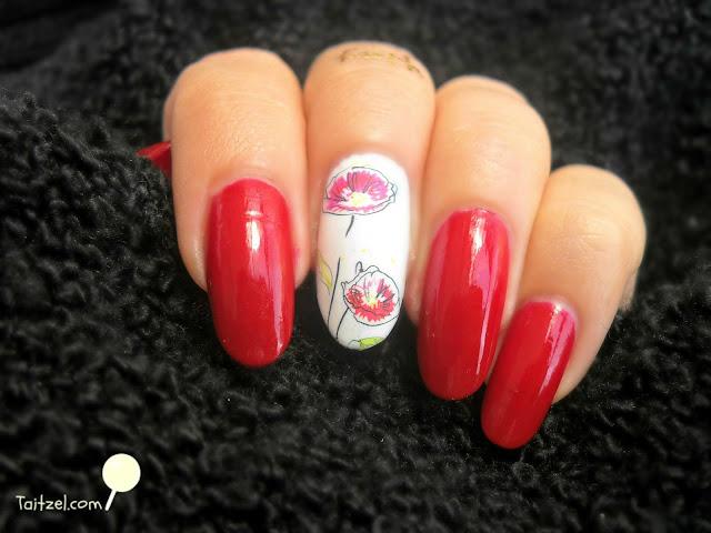 manichiura cu oja rosie si maci  poppy nail art