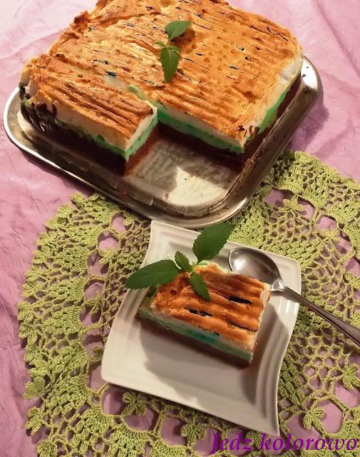 Sernik czekoladowo-miętowy z rosą