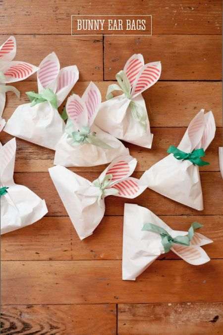 cute and easy Easter bunny ears bag wrapping