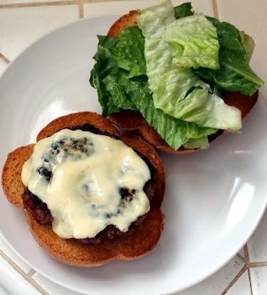 Lamb burgers with yogurt and dijon mustard sauce