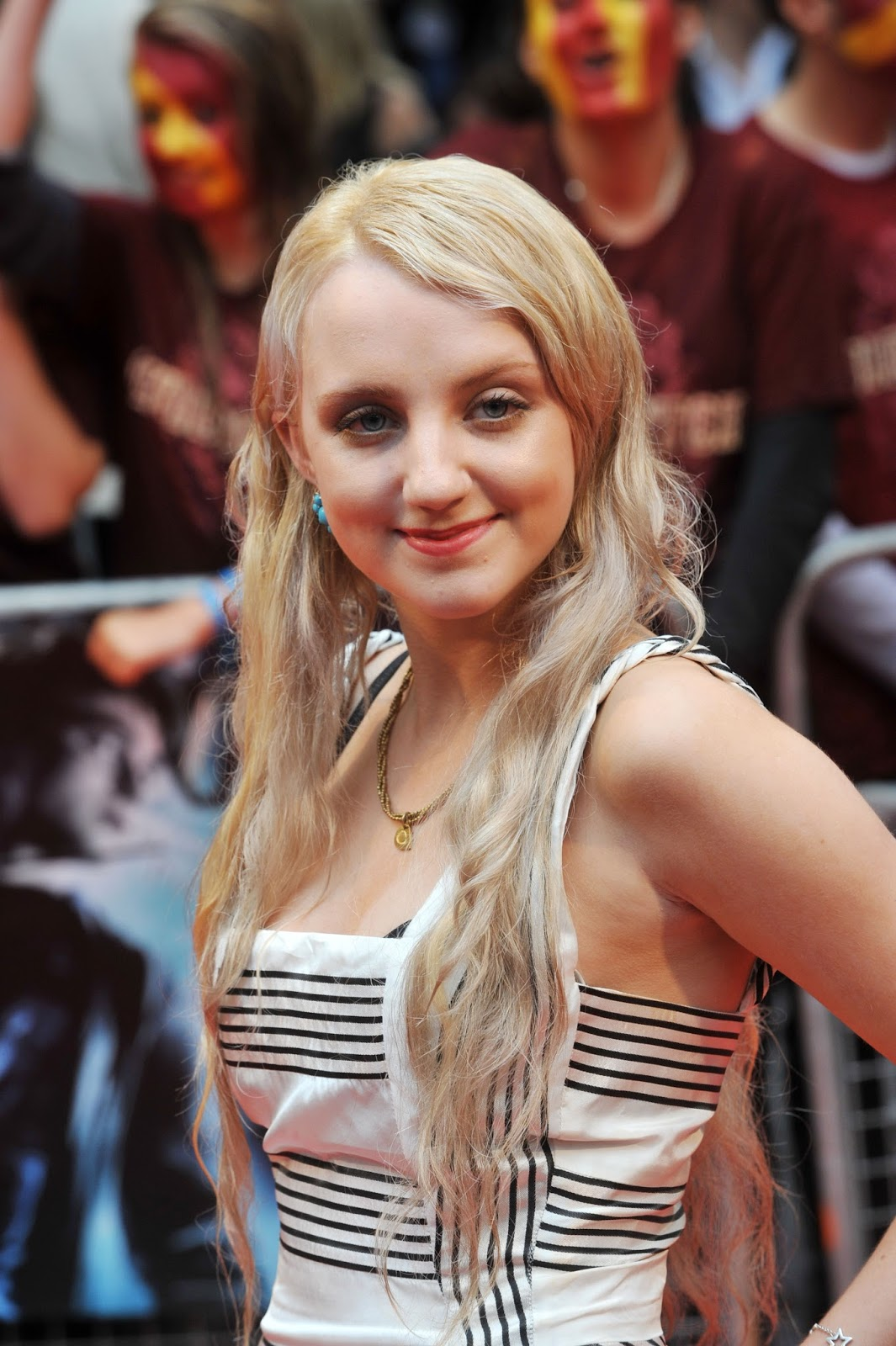 Cleavage Evanna Lynch nude (47 foto and video), Ass, Paparazzi, Feet, braless 2006