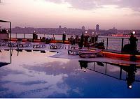 sözbir-royal-otel-deniz-manzaralı-yüzme-havuzu
