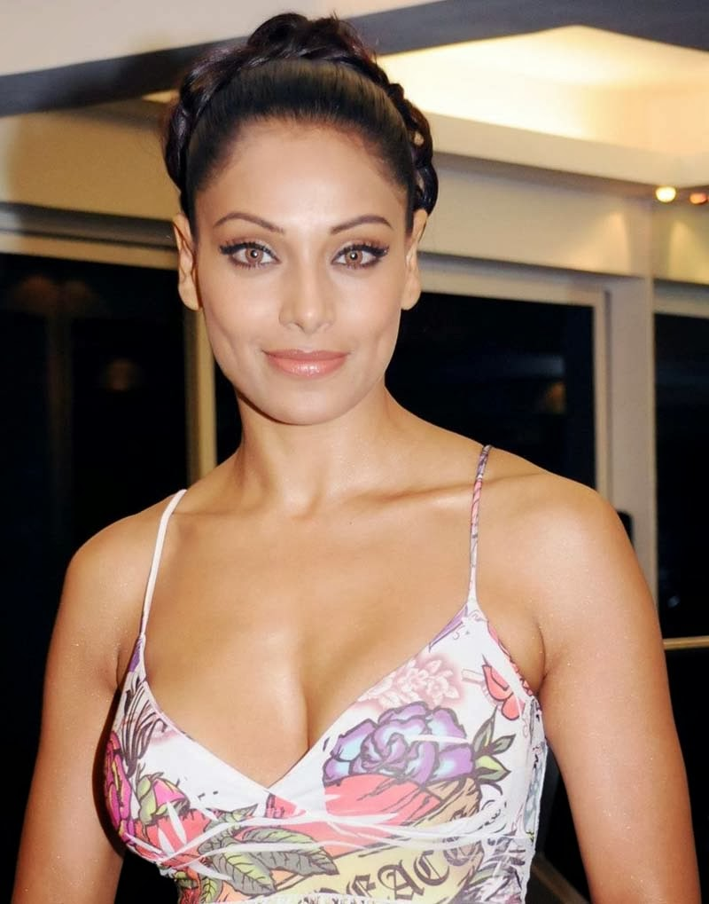 Bipasa Basunude Stunning actress bipasha basu hottest pics - hot blog photos