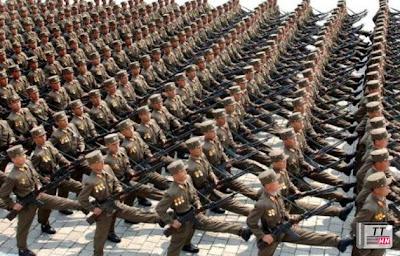 Triều Tiên có một đội quân một triệu người, binh lính và sĩ quan được huấn luyện tốt và đặc biệt là có tinh thần chiến đấu rất cao
