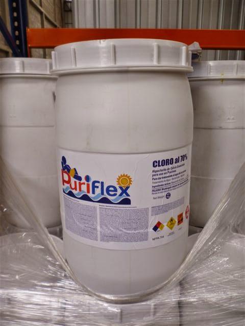Piscinas integrales sas cloro granulado y en pastillas for Cloro liquido para piscinas