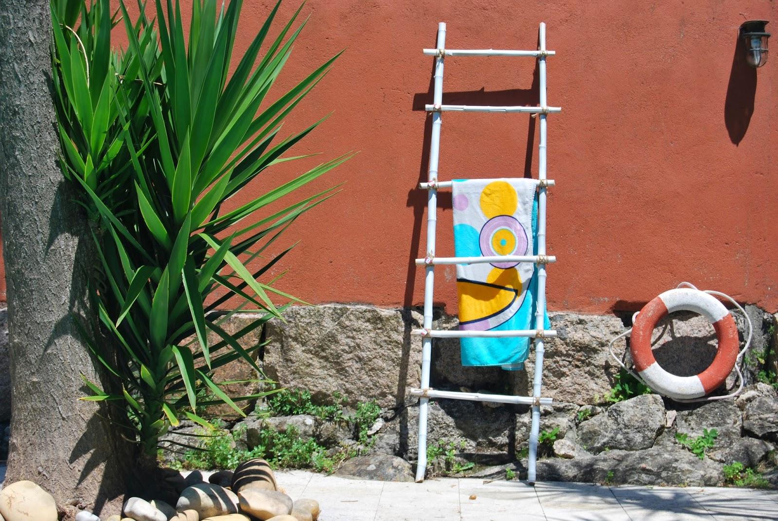 http://sosunnyblog.blogspot.pt/2014/07/troncos-rotuladores-y-chapas-reto-diy.html