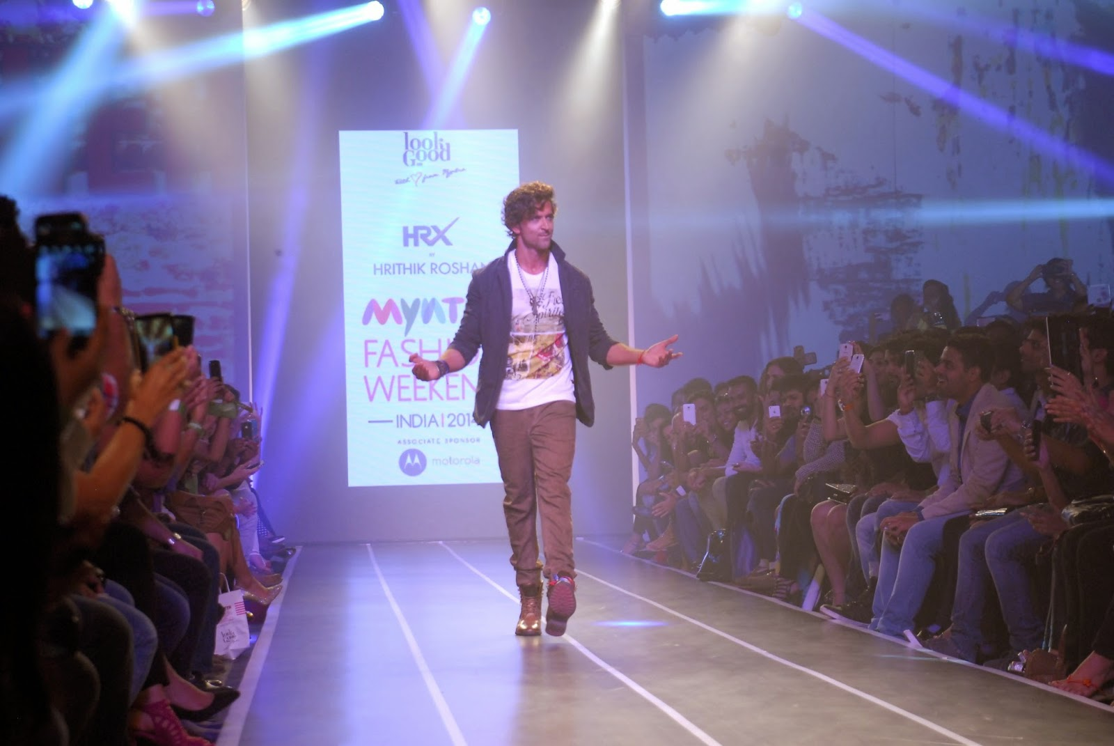 Hrithik Roshan Ramp Walk at Myntra Fashion Weekend