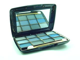 Tips Supaya Eyeshadow Bisa Tahan Lama