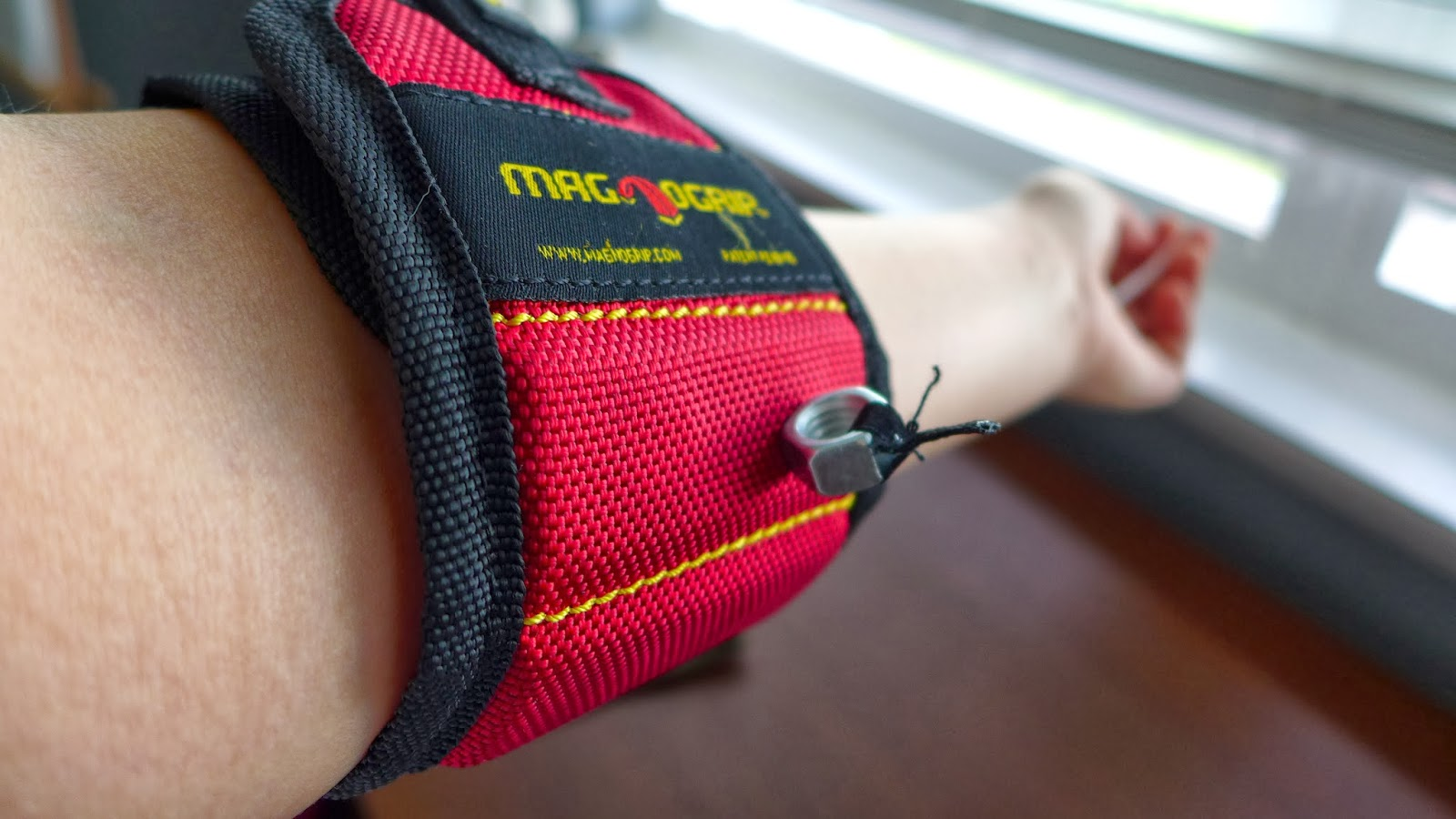 magnetic wristband - Christmas Gifts For Outdoorsmen