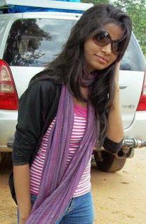Hot Desi Indian Maal Sexy Photo Gallery 2013