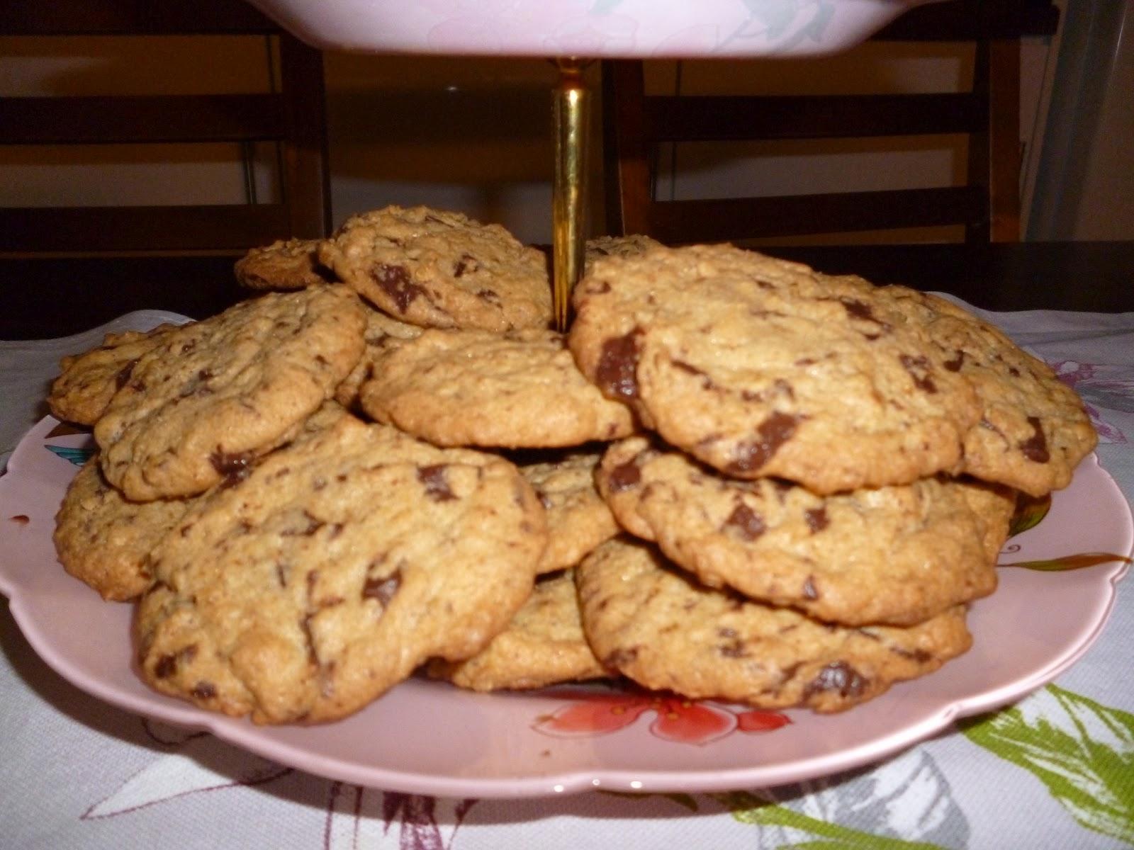 Heidin keittiössä Suklaahippukaurakeksit