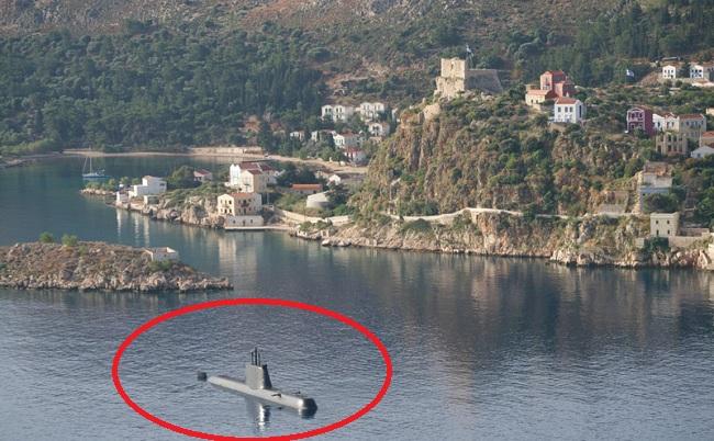 Το υποβρύχιο «Ματρώζος» στο Καστελλόριζο