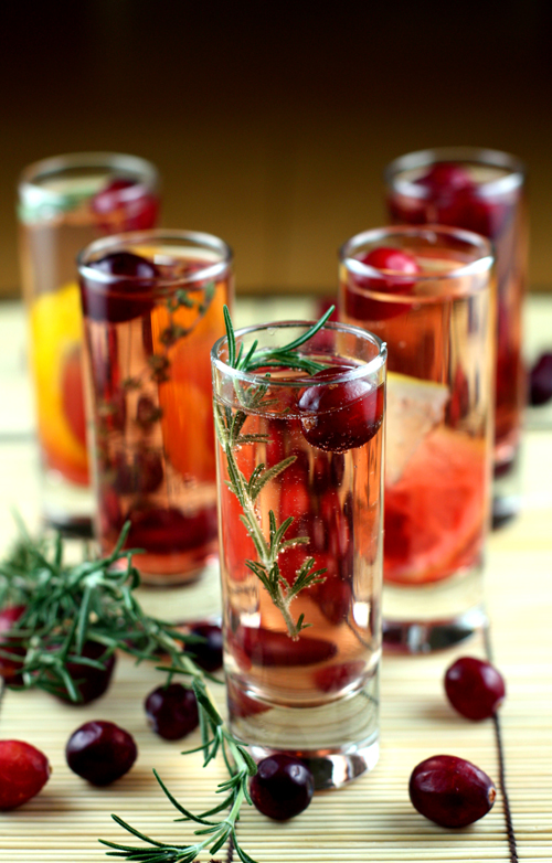 cranberry sparkler for Thanksgiving